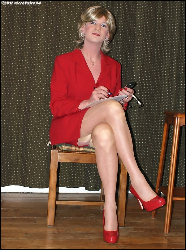 high Sexy secretary heels legs