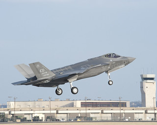 F-35 AF-7 First flight