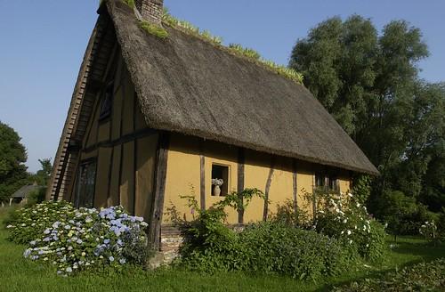 Flickriver most interesting photos from beaumont le for Beaumont le hareng jardin de bellevue
