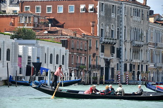 http://hojeconhecemos.blogspot.com/2014/02/do-traghetto-st-maria-del-giglio-veneza.html