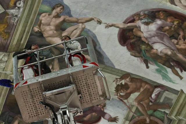 VATICANO E ROMA ARCHITETTURA: LA CAPPELLA SISTINA| RESTAURATORI E CUSTODI, CHI VEGLIA SUL GIUDIZIO. CORRIERE DELLA SERA (24|12|2012).