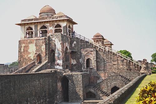 india mp dhar mandu mandavgarh jahazmahal