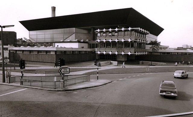 Leeds International Pool In Happier Days By Cliffordstead Flickr Photo Sharing