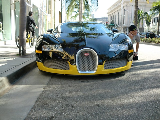 bugatti veyron rodeo drive from this angle it 39 s. Black Bedroom Furniture Sets. Home Design Ideas