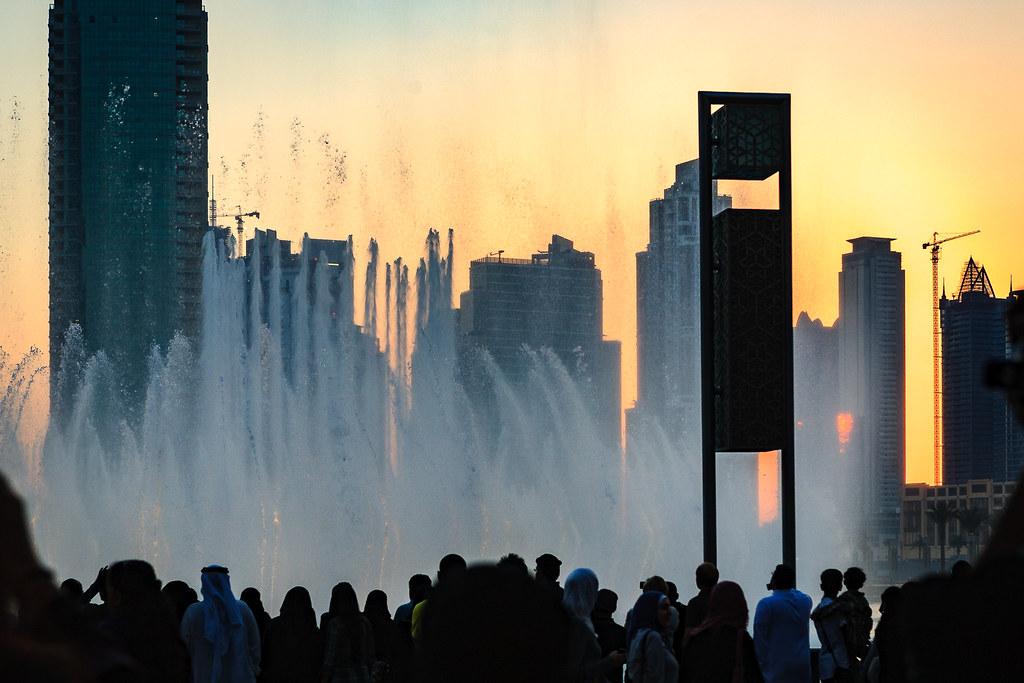 Crowd watching Dubai Fountain (Sunset)