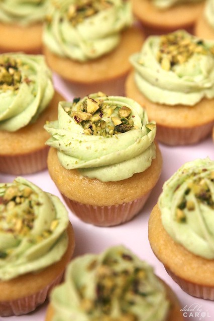 Lemon pistachio cupcakes | Flickr - Photo Sharing!