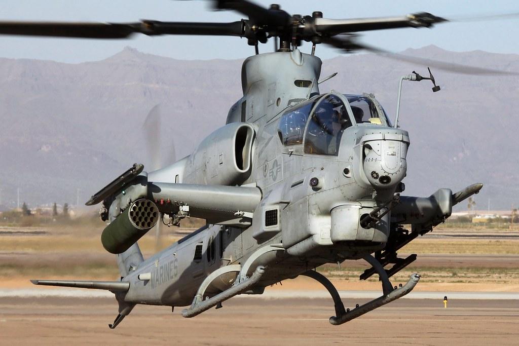 "Bell AH-1Z Viper BuNo 167810, HMLA-367 ""Scarface"""