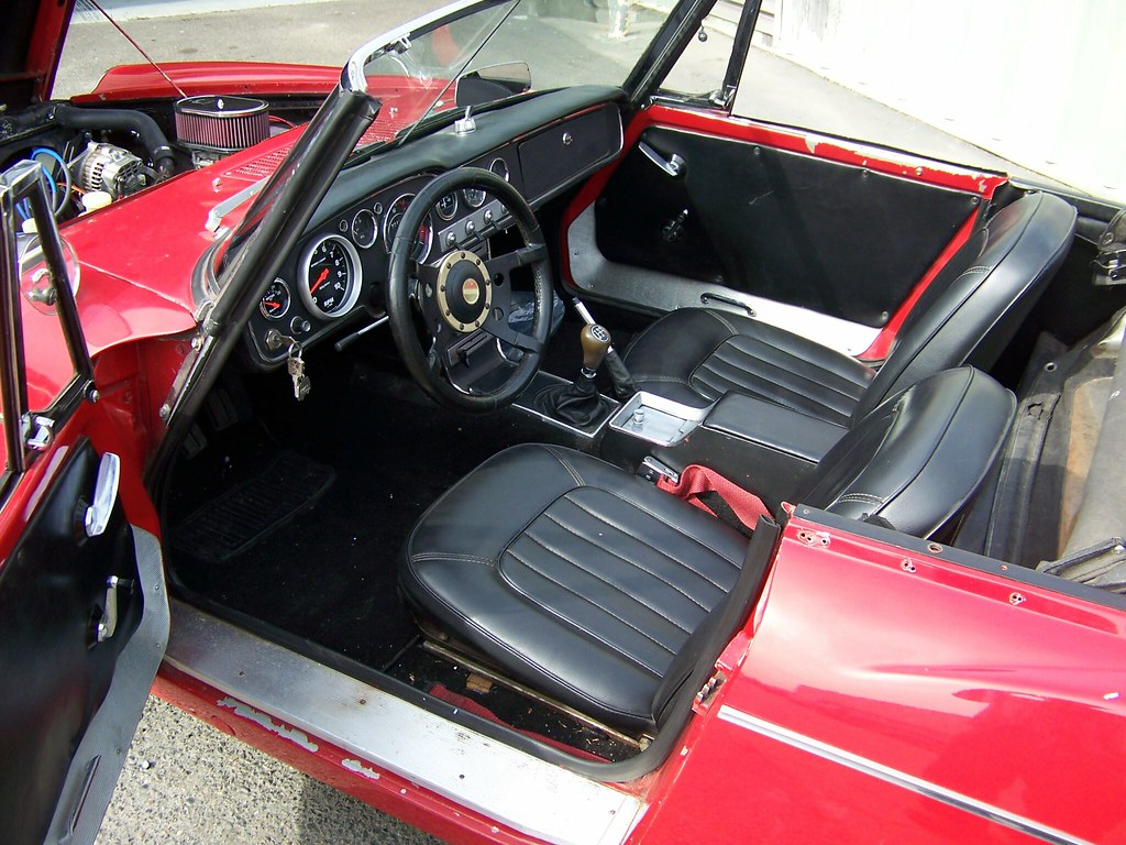 1967 Datsun 311 Fairlady Roadster 12A Mazda Rotary Engine