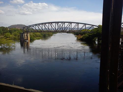 Da ponte para a ponte