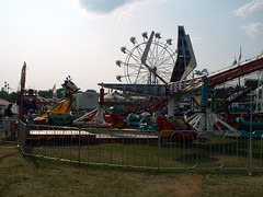 Rainbow Valley Rides Midway, 2004 Lincoln County 4-H Fair.