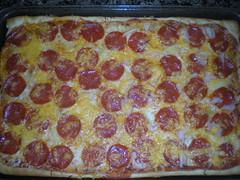 sicilian pizza, pizza cheese, pizza, food, dish, cuisine, pepperoni,