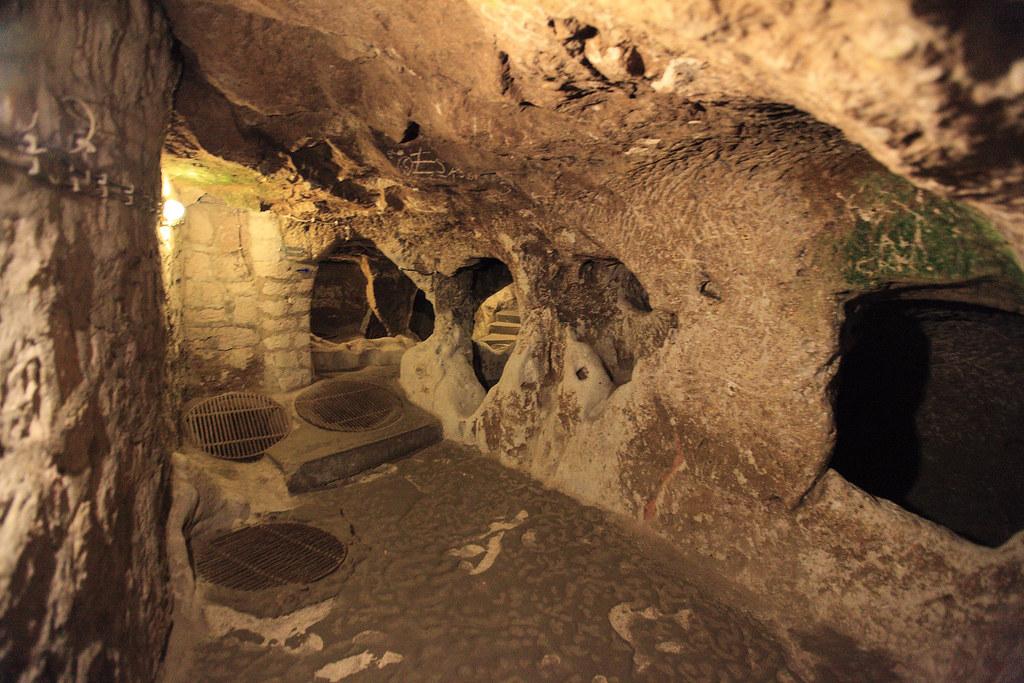Derinkuyu - underground city in Turkey