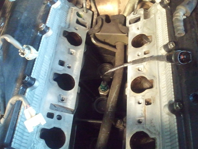 3 0 Intake Manifold Removal  U0026 Knock Sensor Replacement