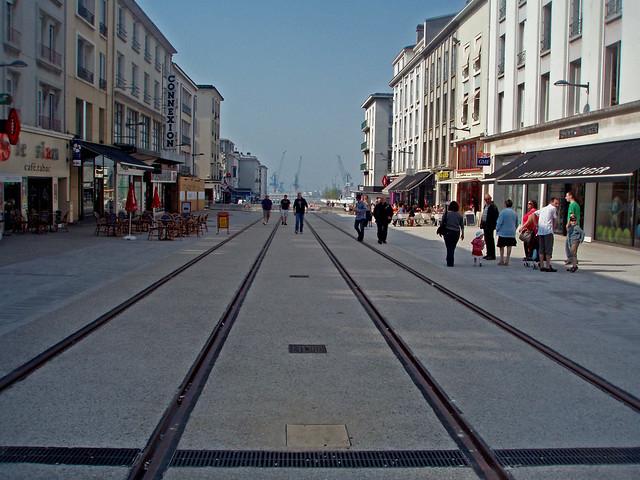 rue de siam brest le tram 39 c 39 est pour 2012 part1. Black Bedroom Furniture Sets. Home Design Ideas