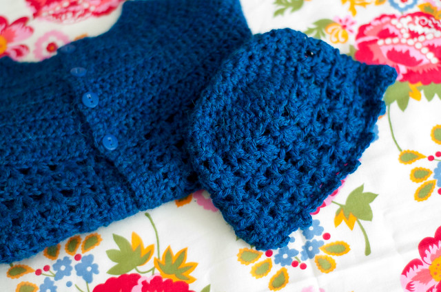 How to crochet the shells and lace stitch | eHow.com