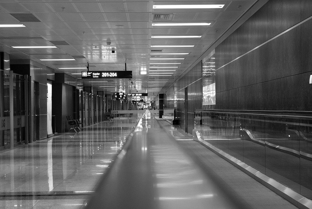 how to get from ist to saw airport