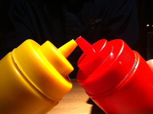 ketchup and mustard color perception