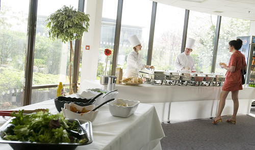 The dining experience at the UWE Bristol Exhibition and Conference Centre can be tailored to meet all your needs.  Event organisers can choose from the extensive range of menus which use the finest local ingredients and will suit a range of budgets.