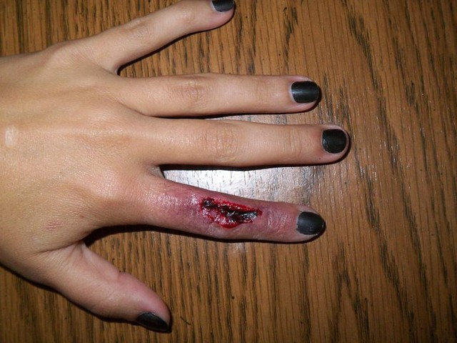 Sliced finger   Special FX Makeup by Nikki Marrone