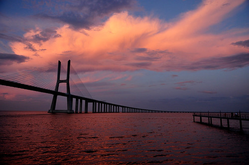 Ponte Vasco Da Gama sunset