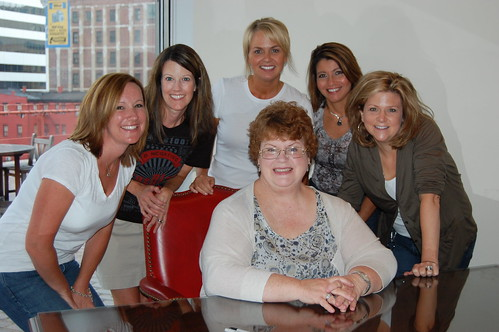 A group of Charlaine Harris fans made a day of it!