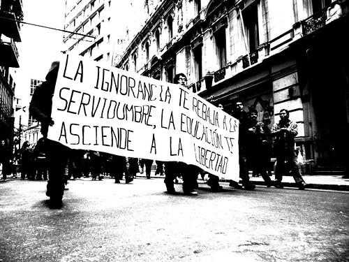 Manifestación en defensa de la educación - Valparaíso Junio 2011