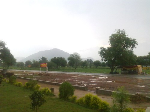 cameraphone india highway rajasthan mansoon alwar