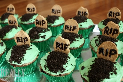 Halloween Tombstone Cupcakes | Flickr - Photo Sharing!