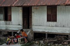 village, hut, wood, shack, cottage, house, log cabin, home, rural area, slum,