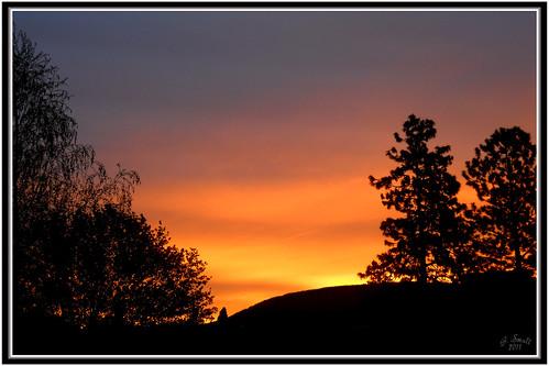 sunrise britishcolumbia penticton colorinthesky