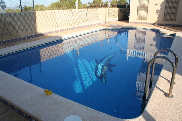 Very Deep Swimming Pools Pictures