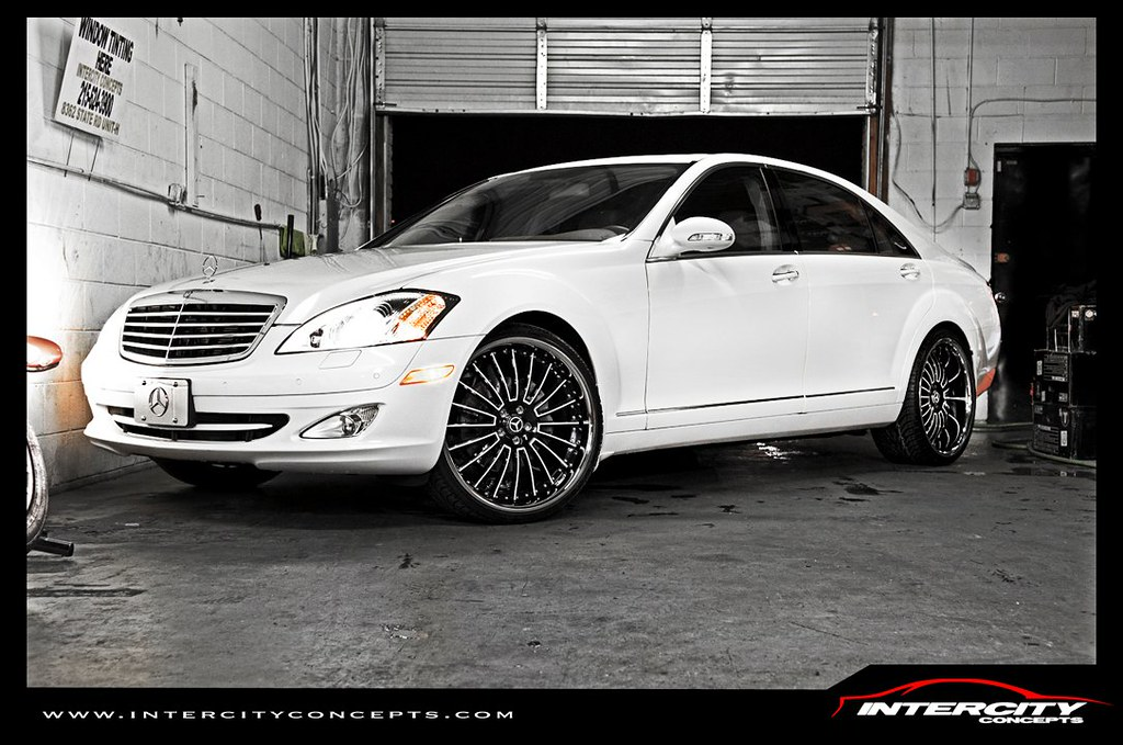 Mercedes benz s550 on 22inch lexani lss 11 for Mercedes benz tri state