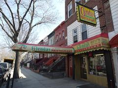 土, 2011-04-09 13:35 - Glenda's Restaurant
