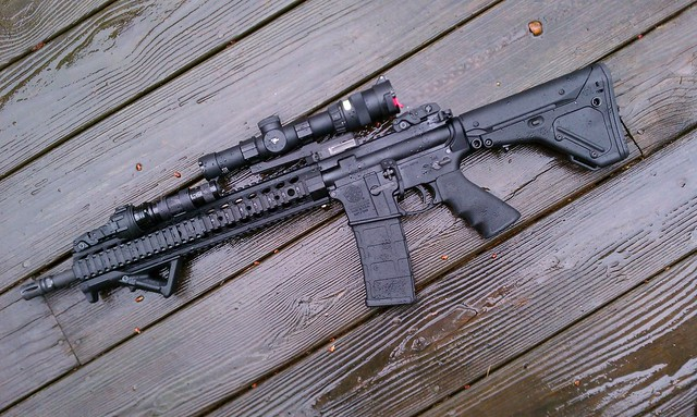 lets see your guns! - Page 3 5659380577_aa2820d10a_z