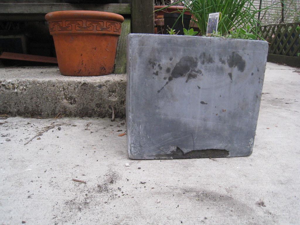 pots found in trash april 2011