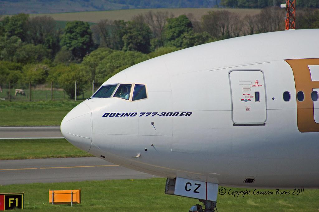 A6-ECZ - B77W - Emirates