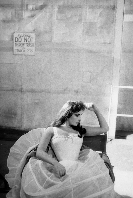 Elizabeth Taylor on the set of Raintree County, 1956, by Bob Willoughby