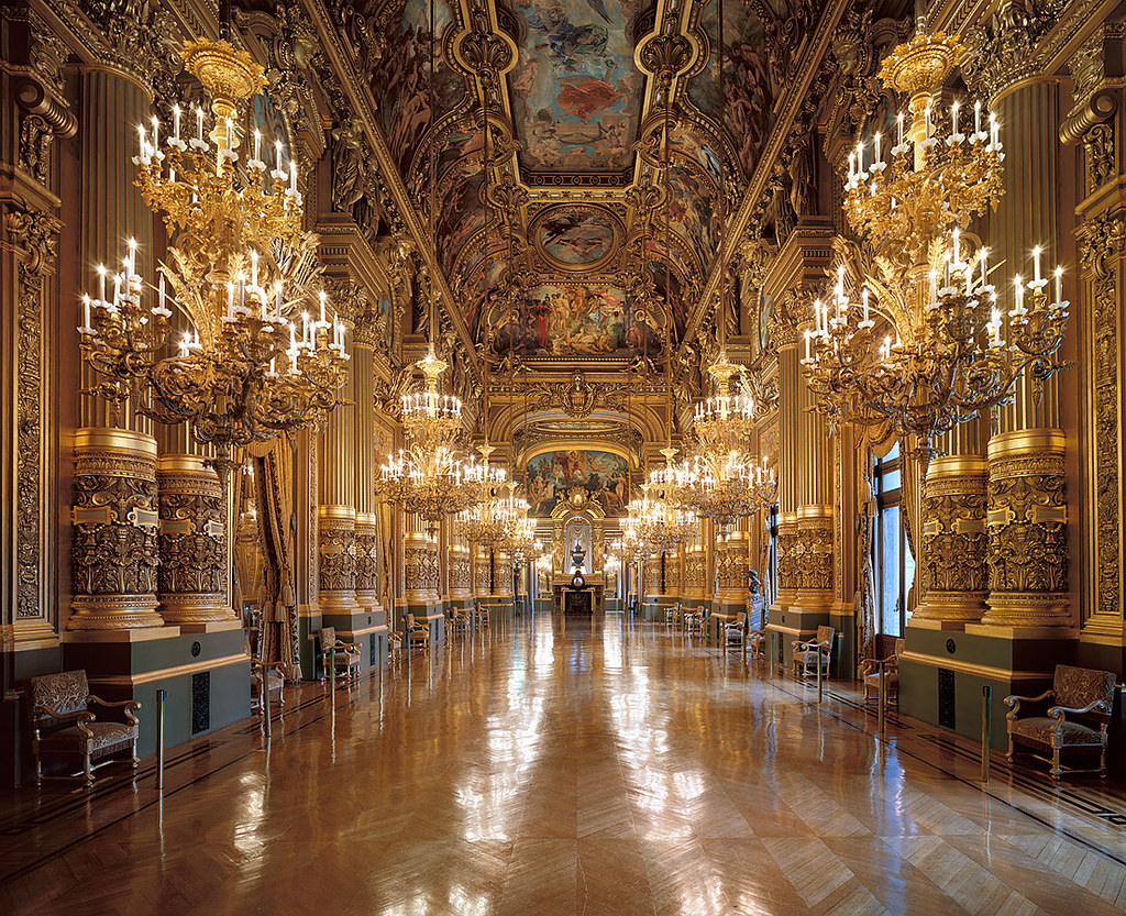 Le Grand Foyer Opera Garnier : Rococo revisited