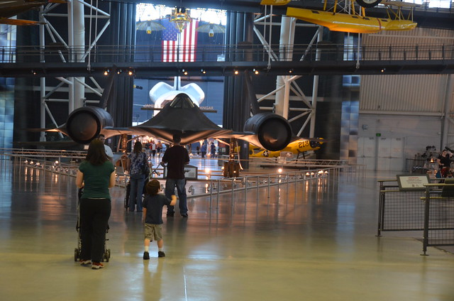 Steven F. Udvar-Hazy Center: Family with SR-71 Blackbird ...