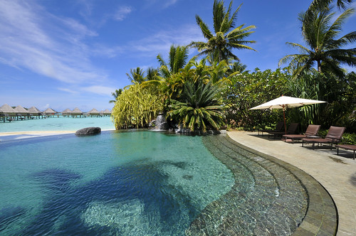 InterContinental Bora Bora  Le Moana Resort swimming pool
