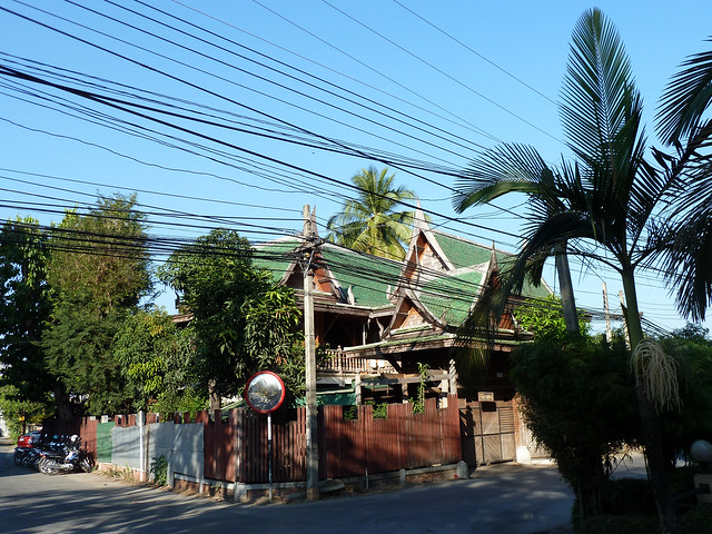 Old thai house chiang mai flickr photo sharing for Classic house chiang mai
