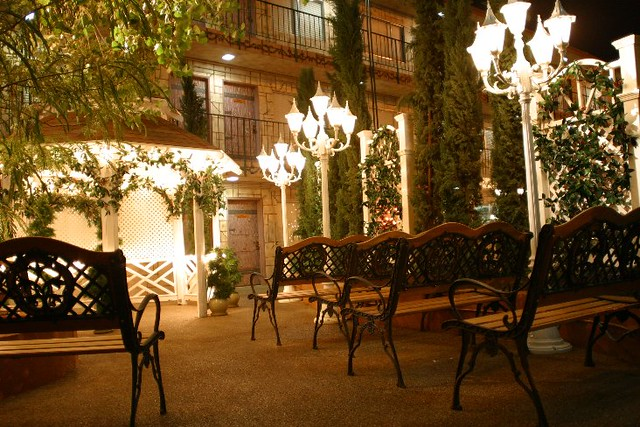 Las Vegas Outdoor Gazebo Weddings