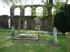 The peace of a churchyard P1450852