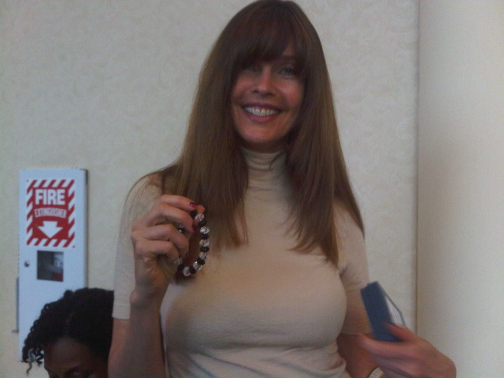 where to find a cougar woman