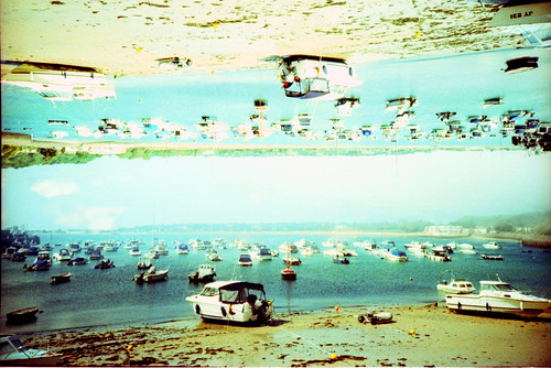 sea film analog boats lomo lca xpro lomography crossprocessed jersey gorey analogica sensia400 analogico sooc アナログ autaut splitzer lcarl flickr:user=backandtotheleft tumblr:user=thediaryofadisappointingman