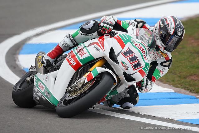 Ruben Xaus #111, Honda CBR1000RR, Castrol Honda, World Superbikes Donington Park 2011