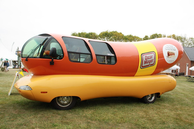 Vintage Cars 1900 together with Index in addition 5583098389 also Bird Plane No Wait Hotdog Delivery Drone 2017 06 moreover Wienermobile Arriving At Willis Wonderland 2 Pm Today. on oscar meyer weiner plane