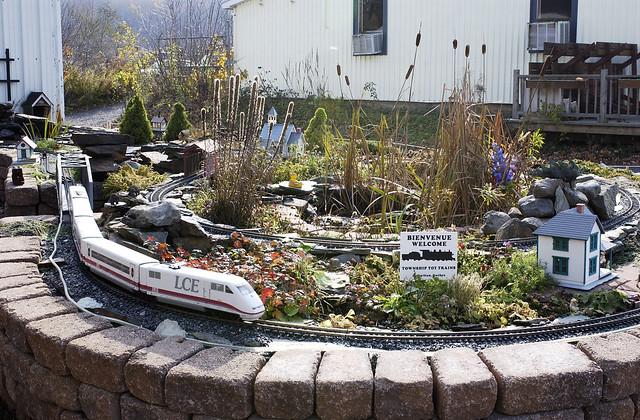 Train électrique  Flickr  Photo Sharing! ~ Train Bois Electrique