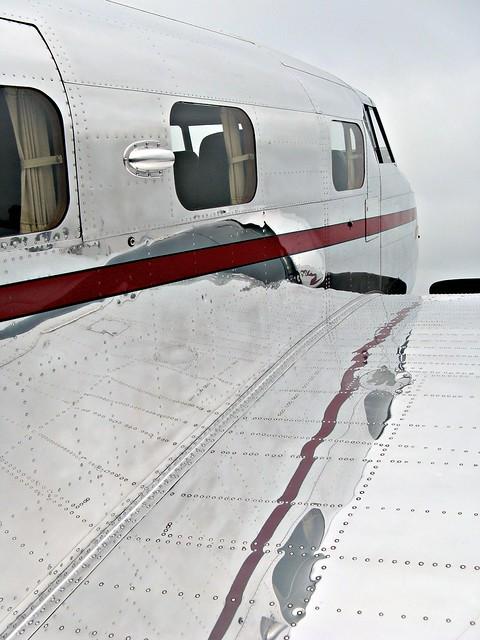 Lockheed Electra Windows