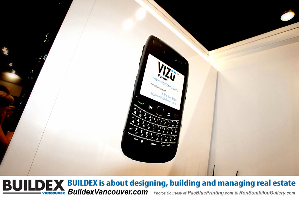 BELL BLACKBERRY featured at Buildex Vancouver-Photos Court